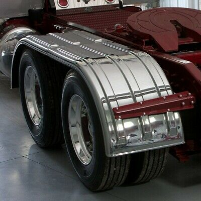 "Minimizer ""The Brute"" 900 Series Tandem Axle Poly Fender"