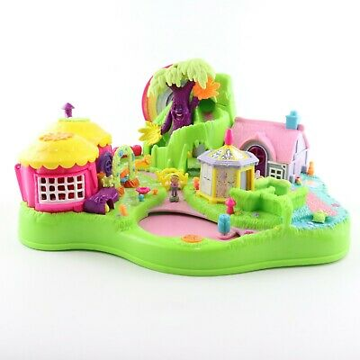 POLLY POCKET 1997 Magical Movin' Moving Fairyland w/1 original Magnetic doll