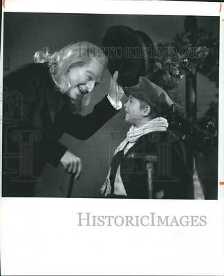 "Press Photo Milwaukee Repertory Theater production of ""A Christmas Carol"""