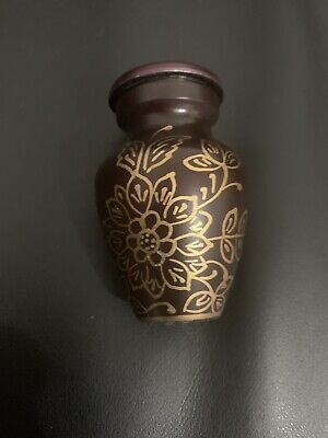 Mini urn for ashes, small Keepsake urn , sharing ashes Memorial Remembrance
