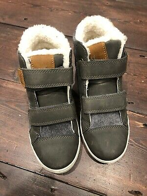 Winter Faux Fur Lined Boys High Top Trainers / Boots BNWT Size Uk12 (kids) EU 31
