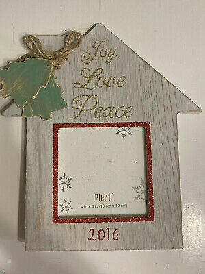 *~NEW Pier 1 HOLIDAY WINTER CHRISTMAS frame 4 x 6 Picture Frame L@@K~*
