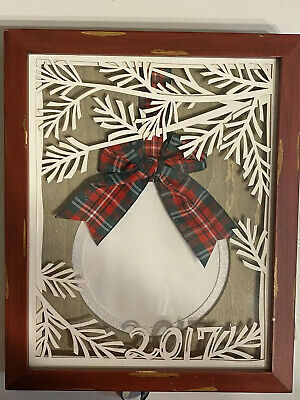 Pier 1 HOLIDAY WINTER CHRISTMAS ORNAMENT shadow Box 2016 Picture Frame