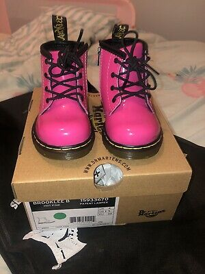 DR MARTEN Air Wair Pink Patent Leather Ankle Boots Infant 4 NEW