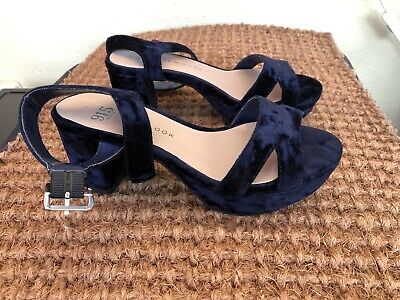 New Look 915 Shoes Size 2 (35)