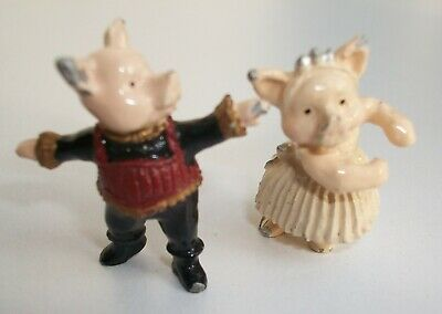 Pair of Pewter Pigs  believed to be Warwick Miniatures