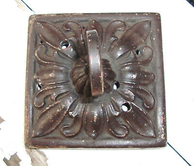 SOLD** Antique Vtg Heavy Cast Iron Garden ACANTHUS Wall Hook - Painted - Salvage