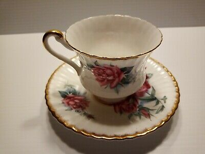 E50B Tea Cup & Saucer, Appointment Majesty The Queen, Paragon, Fine Bone China