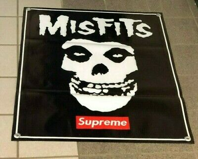 hr flag   1100mm x 750mm Misfits Skull large fabric poster