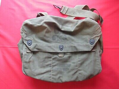 WWII US Army lightweight service gas mask bag
