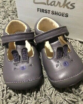 clarks baby girls first shoes Bunny Rabbit Size 4H Just Beautiful