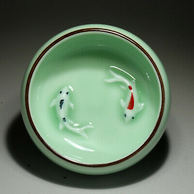 Collectable China Old Porcelain Glaze Embossment Double Fish Delicate Tea Bowl