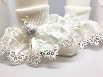 Handmade gorgeous lace & white satin ribbon trim frilly baby/girls socks