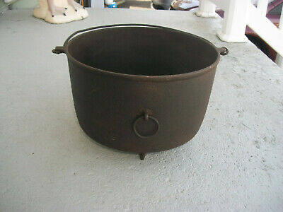 Rare Antique Cast Iron Erie Griswold No. 9 Large 3 Footed Bean Pot Kettle