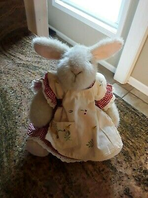 """/""""MUFFY /'S FRIEND HOPPY THE ROTUND RABBIT/"""" 7/"""" PLUSH RABBIT IN CHEF/'S OUTFIT"""