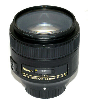 Nikon AF-S NIKKOR 85mm f/1.8G Lens - USA Model - NEVER REALLY USED - VERY NICE !