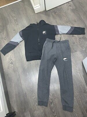 Boy's Nike Air Max Full Sportswear Tracksuit Age 12/13 Years Slim Fit