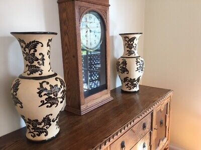 Pair of Gorgeous Large Chinese Ceramic Vases - Urns - Excellent Condition!