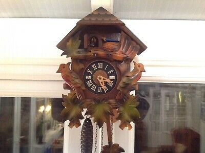 Vintage cuckoo clock Working But Needs New Bellows.
