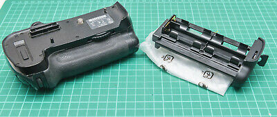 Genuine Nikon MB-D12 Battery Grip for Nikon D800with AA battery cage