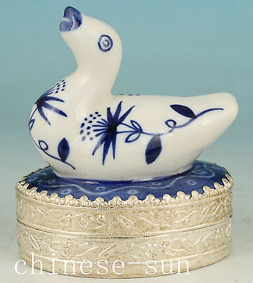 Chinese Old Blue And White Porcelain Handmade Carving duck Collect Statue Box
