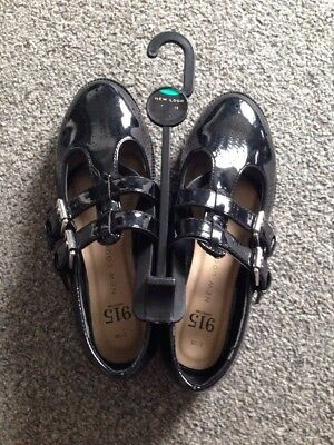 New Look 915 Generation Black shoes size 2 BNWT SCHOOL SHOES