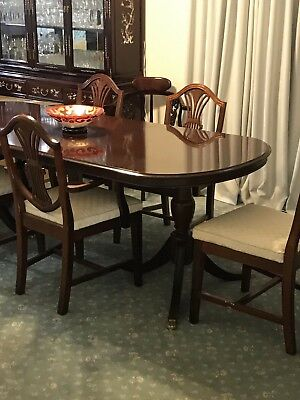 Antique  Hepplewhite Dining Table Suite  with six chairs mahogany colour