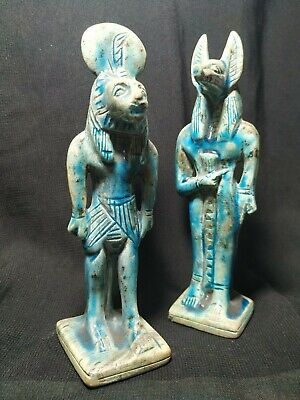The god of ancient Egypt.  Seemed.  Anubis.  Glazed Hummer Stone