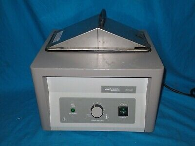 VWR Scientific Model 1202 Heated Water Bath