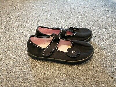 Girls M&S plimsoles size 11. Never worn outside, very good condition