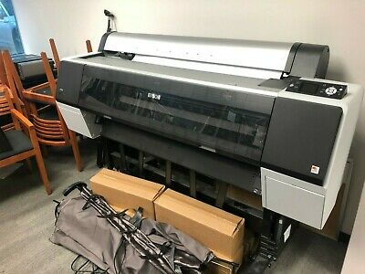 FOR SELL USED EPSON 9900 IN GOOD CONDITION WITH INK  model SP9900HDR