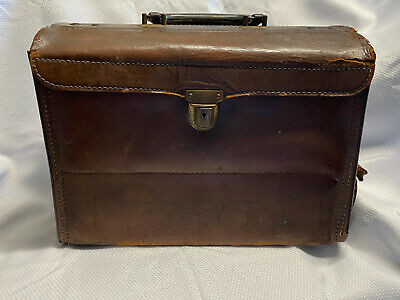 KnickerBuckl Case Co Leather Doctors Bag with Metal Compartment Containers