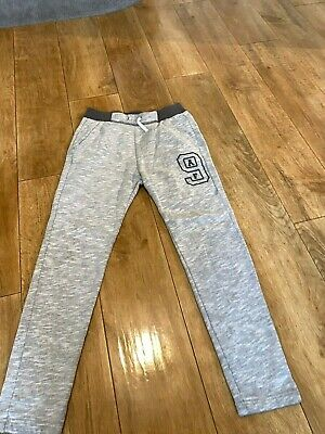 ABERCROMBIE & FITCH BOYS JOGGERS AGE 13/14 Light Grey