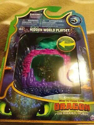 Dreamworks How to Train Your Dragon The Hidden World Playset  light up feature