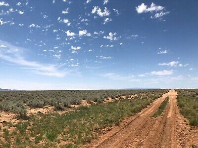 Beautiful 1/2 Acre New Mexico Ranch! Rio Del Oro Subd! Easy Access! Near Homes!