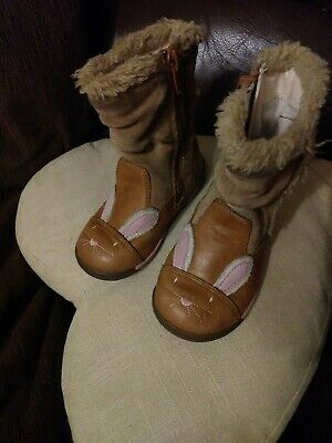 Clarks Infant Girls Brown Leather Boots Size 4G