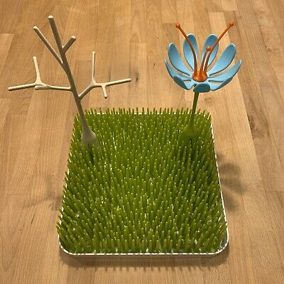 Boon Green Lawn Countertop Drying Rack with Twig and Flower Included