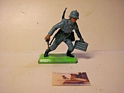 soldatino Toy soldier Britains Deetail LTD 1971 Fante Tedesco WW II scala 1:32