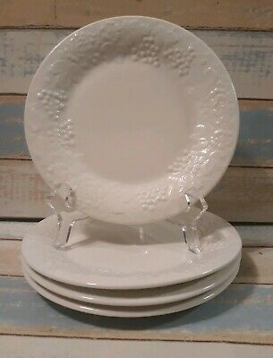 """4 Gibson Everyday Housewares White Embossed Fruit Grapes Salad plates 7.75"""""""