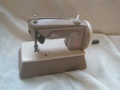 Vintage Children's Old SEWING MACHINE Metal by SINGER England Collectable