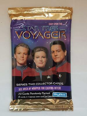 Star Trek Voyager - Series Two - Skybox Trading Cards EMPTY Packet/Wrapper #W113