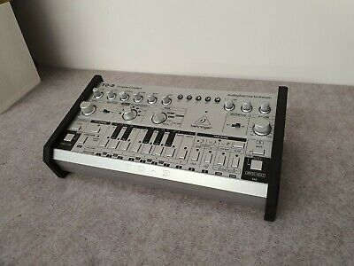Behringer Td3 Black Valchromat Stand Precision Recessed From Synths And Wood