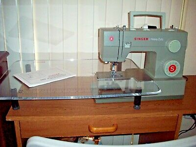 Singer 5532 HEAVY DUTY Sewing Machine with many extras including extension table