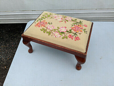 Tapestry foot stool C090220G