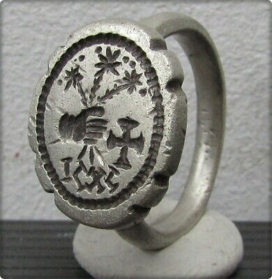 ** HAND holding FLOWERS - CROSS ** Ancient  Silver Byzantine Inscription Ring