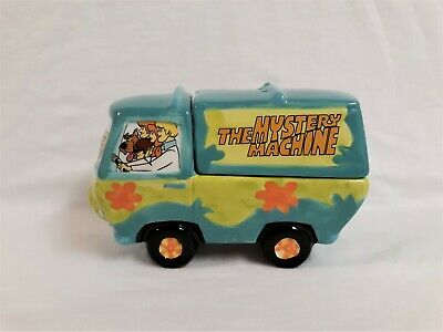 Vintage Scooby Doo Mystery Machine Salt & Pepper Shakers-2000 Vandor-NIB - Rare