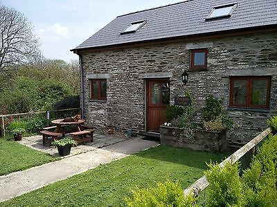Pembrokeshire Wales lovely stone cottage 11th-18th April Easter Dog friendly 4*