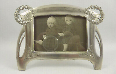 Exceptional antique German ART NOUVEAU picture PHOTO FRAME silverplated