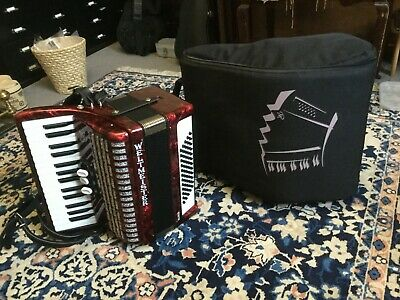 Piano Accordion with original Case (German)