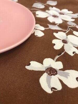 """Vintage Brown with White Flowers Floral Rectangle Tablecloth, 52"""" x 64"""""""